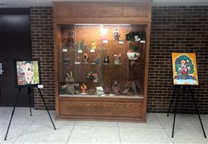 Ceramic display case at Upstate Eight Art Show