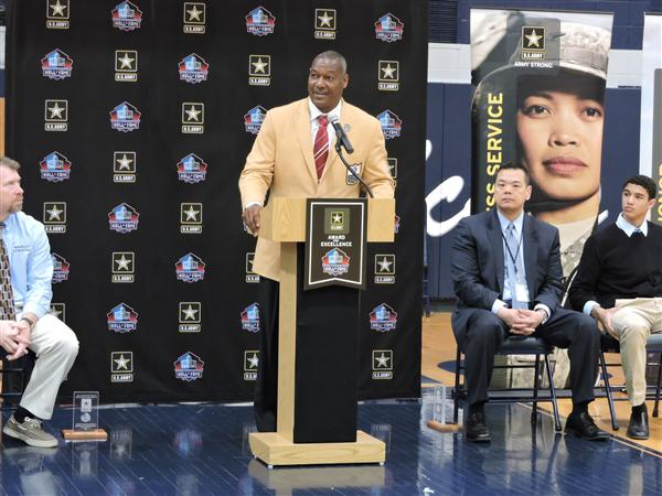 Tai Bibbs Honored by US Army and Pro Football Hall of Fame