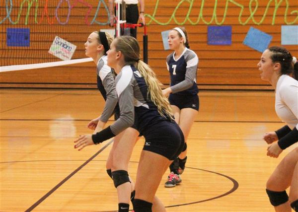 Girls Volleyball Advances in Regional Play
